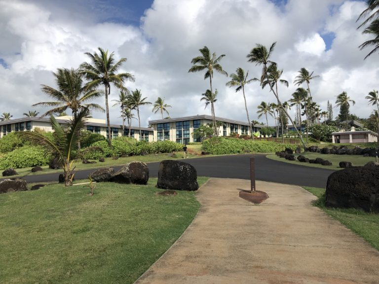 Walkway to Hilton Garden Inn Kauai from Lydgate Park